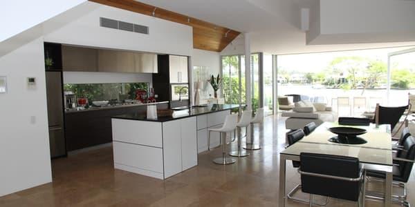 Kristal Cam Yüzey Kapak Mutfak Dolabı